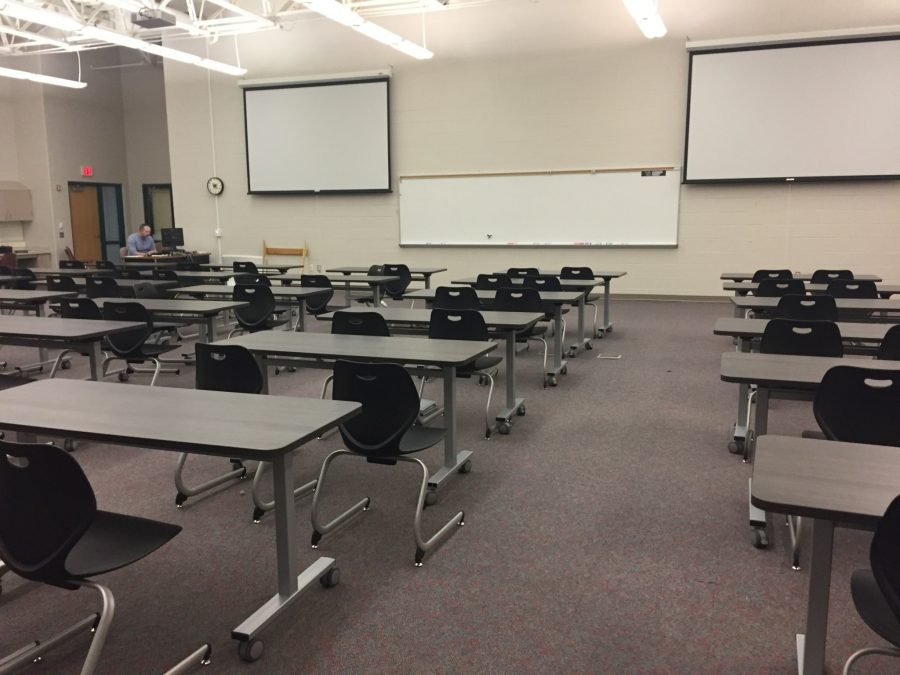 West Ottawa tries large lecture course
