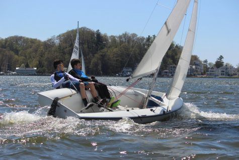 A battle on the waves: WOHS sailing team