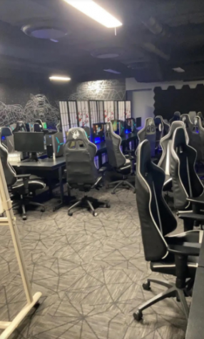 From the classroom to the computer: Former WO student in Esports